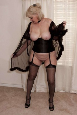 Rogette gfe outcall escorts in Gretna