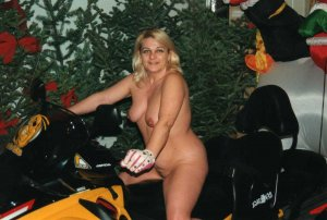 Salvadora live escorts North Little Rock, AR